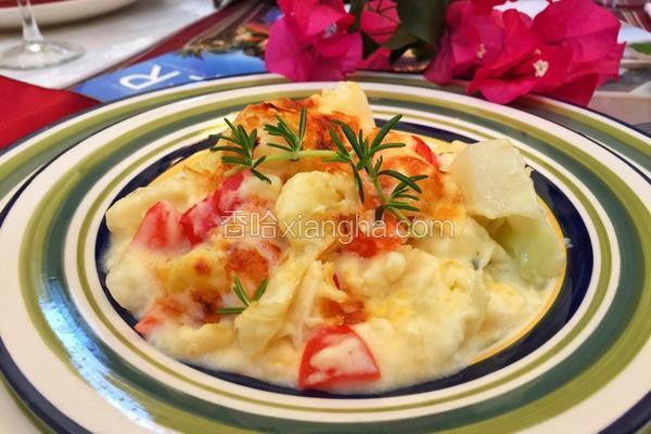 奶汁焗花椰菜(Cauliflower Gratin)