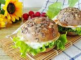 黑麦黑米汉堡包的做法[图]