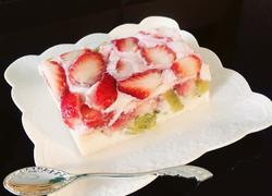 草莓牛奶羹