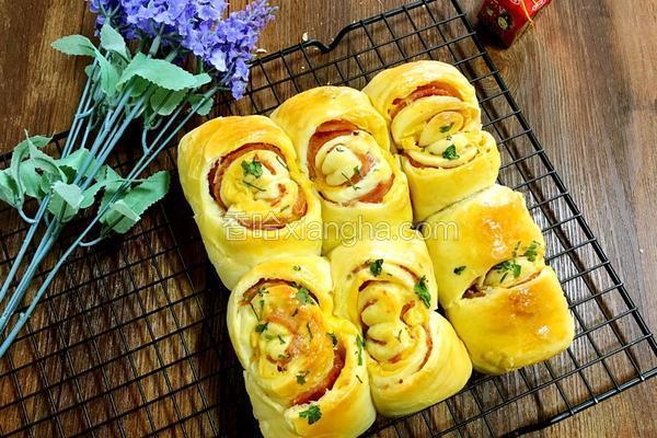 芝士培根面包卷