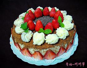 草莓鮮奶油蛋糕[圖]