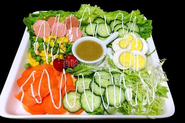 清爽排毒菌类蔬菜沙拉