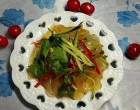 黄瓜拌粉皮[图]