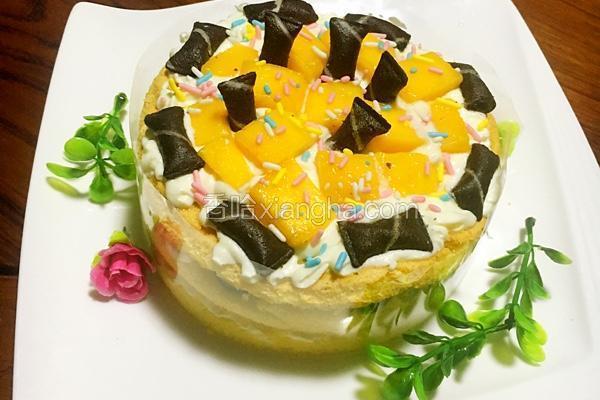 三层六寸芒果葡萄祼蛋糕