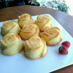 金玫瑰海绵蛋糕的做法[图]