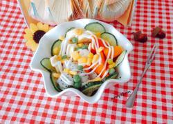 玉米蔬菜水果什锦沙拉