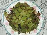 青扁豆小炒肉的做法[图]
