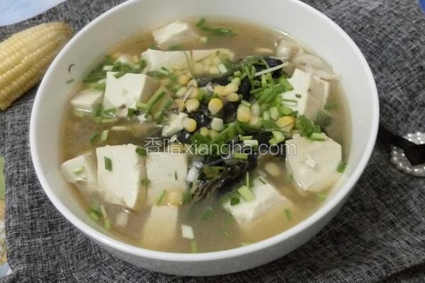 玉米鱼头豆腐汤