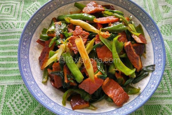 青椒蒜苗炒腊肉