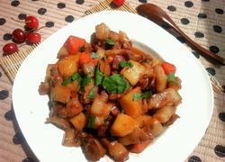 土豆胡萝卜红烧肉