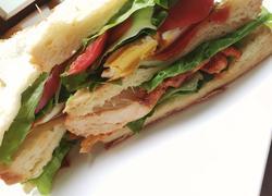 奥尔良鸡排蛋三明治