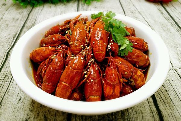 秘制麻辣小龙虾