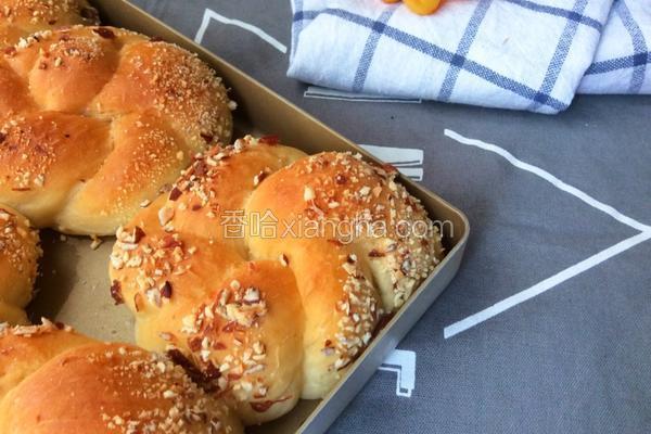 葡萄干杏仁面包