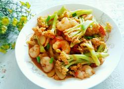 西红柿虾仁炒菜花