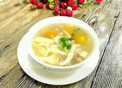 新疆羊肉青杏面旗子汤饭