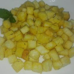 汤类菜肴配菜配 面包粒