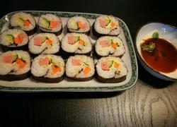 鲜美火腿寿司