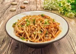 榨菜肉丝炒米粉