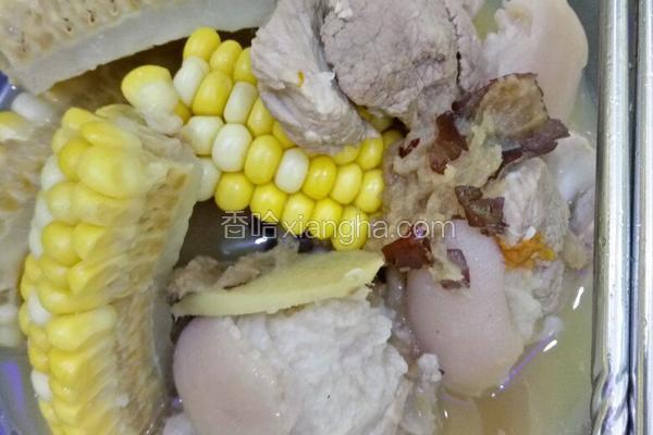 玉米炖猪脚
