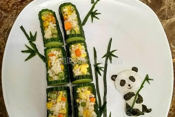 熊猫吃竹子炒饭