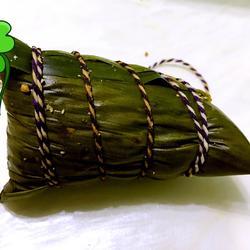 蛋黄肉粽之枕头粽