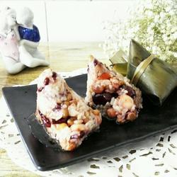 美味杂粮糯米粽子