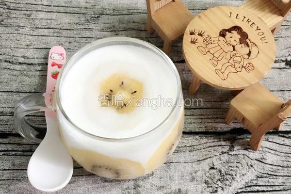 奇异果酸奶杯
