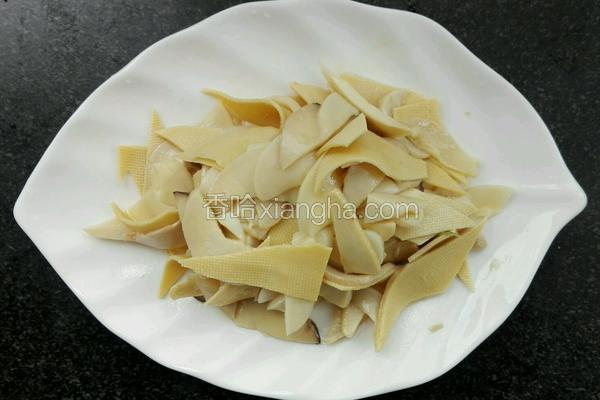 杏鲍菇炒豆皮~家常菜