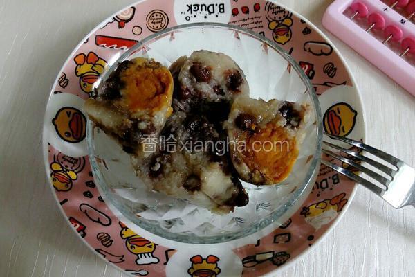 蛋黄五香咸肉粽