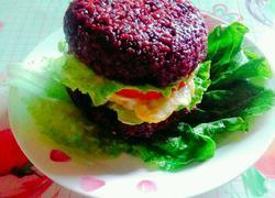 黑糯米饭汉堡