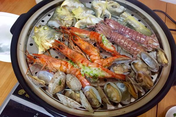 蒸汽海鲜火锅