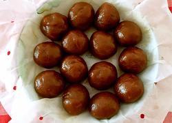 宁波著名小吃灰汁团