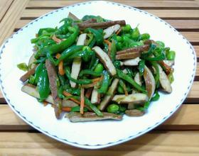 青椒香干炒毛豆