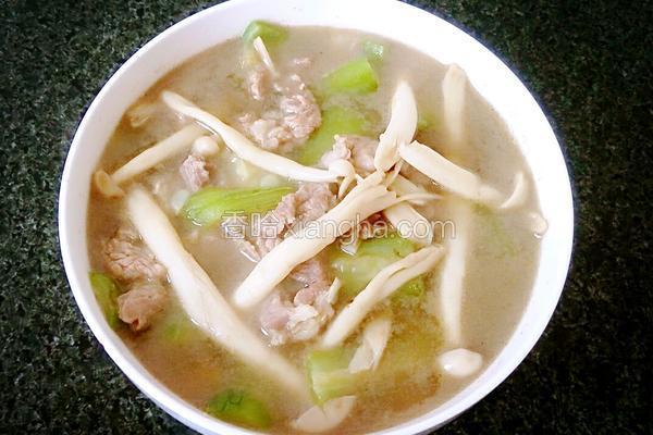 海鲜菇丝瓜瘦肉汤