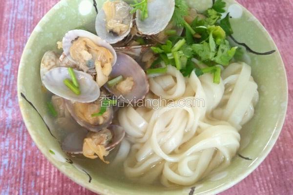 蛤蜊拌面条(简单早餐)
