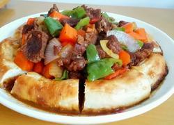 新疆家庭自制馕包肉