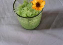 黄瓜菠萝味沙冰