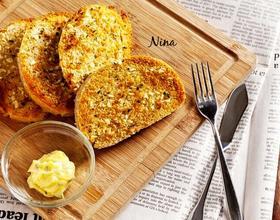 蒜香黄油烤馒头片[图]