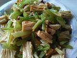 腐竹拌芹菜的做法[图]