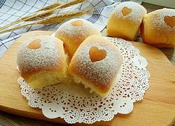淡奶油爱心小面包