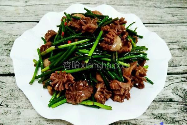 蒜苔炒鸡胗