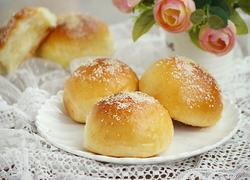 淡奶油椰蓉小餐包