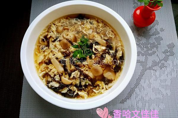 蟹味菇蛋花紫菜汤
