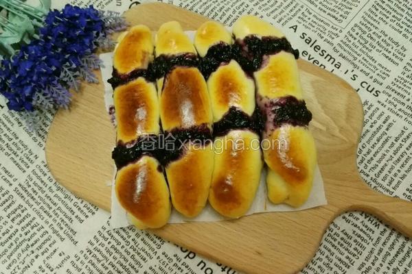 蓝莓果酱排包
