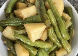 秘制酱豆角土豆