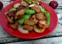 青椒炒回锅肉