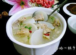 白萝卜脊骨汤(美容的哦)