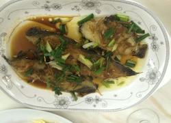 香煎马胶鱼。