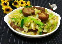 卷心菜炒扣肉