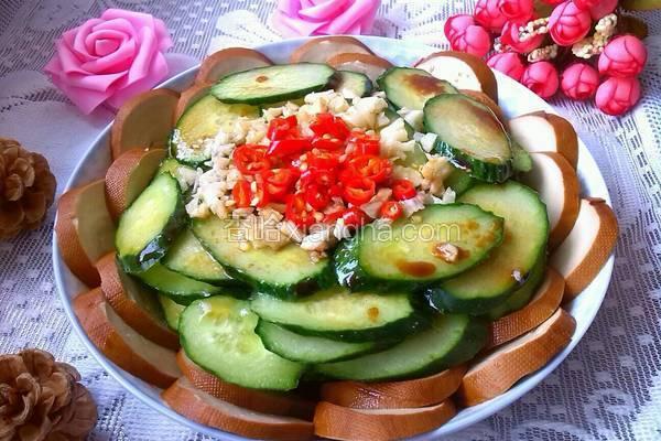 黄瓜拌素鸡